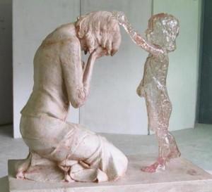 madre doliente e hijita